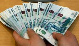 يأتي انهيارالروبل بالتزامن مع هبوط الليرة السوريةأمام الدولار التي سجلت أدنى مستويات لها
