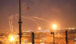 تعرضت المنطقة الخضراء مراراً لهجمات بالصواريخ التي عادة ما تتسبب في أضرار طفيفة