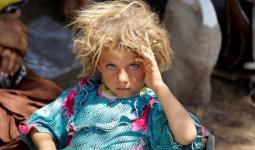 يعيش أطفال مخيم الهول أوضاعاً إنسانية صعبة