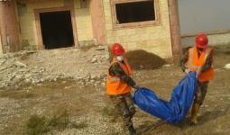 انتشال جثة المرأة في حمص