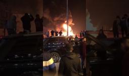 أسفر الحريق عن وقوع إصابات وانفجارات