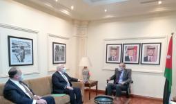 وزير الخارجية الأردني أيمن الصفدي والمبعوث الأميركي الخاص إلى سوريا جويل ريبيرن