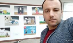 الرسام عبد الكريم عبد الكريم في معرض ذكرى الثورة السورية في مدينة عينتاب 2019