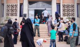 لاجئين سوريين على المعابر الحدودية مع تركيا