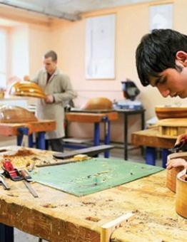 المنح ضمن مشروع للاتحاد الأوروبي يستهدف 10 آلاف طالب