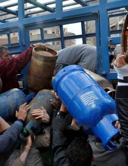 إسطوانات الغاز في إدلب