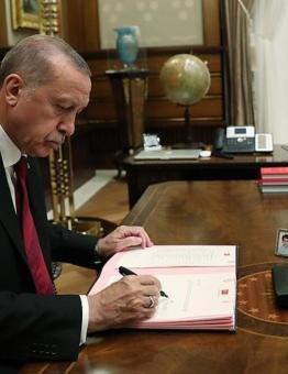 أردوغان يوقع مرسوم رئاسي