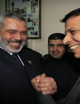 إسماعيل هنية ومحمد دحلان