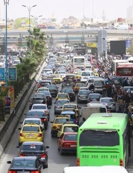 طوابير السيارات في دمشق