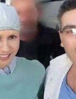 الطبيب علاء موسى مع اسماء الأخرس زوجة بشار الأسد