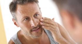 علامات إذا ظهرت في الوجه تشير إلى أمراض خطيرة.. تعرف عليها