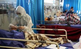 يصاب نحو 50 شخصاً بالفيروس في كل ساعة بإيران