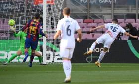 جانب من مباراة برشلونة مع ريال مدريد