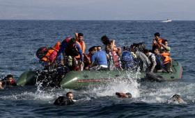 مهاجرين في البحر المتوسط (صورة أرشيفية)