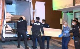 رجل يقتل زوجته في تركيا