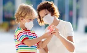 الأطفال يعتبرون أقل عرضة للوفاة أو الإصابة بفيروس كورونا