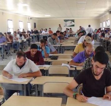 طلاب في المناطق المحررة
