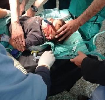 صورة خلال إجراء العملية الجراحية