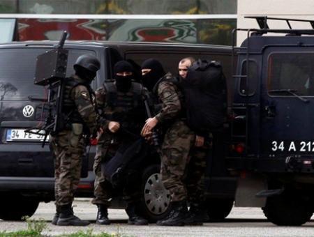 قوات تركية خلال تنفيذها عملية أمنية مؤخراً