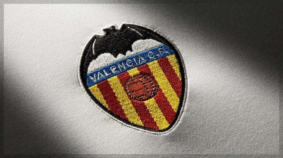 """شعار نادي """"فالنسيا"""" الإسباني"""