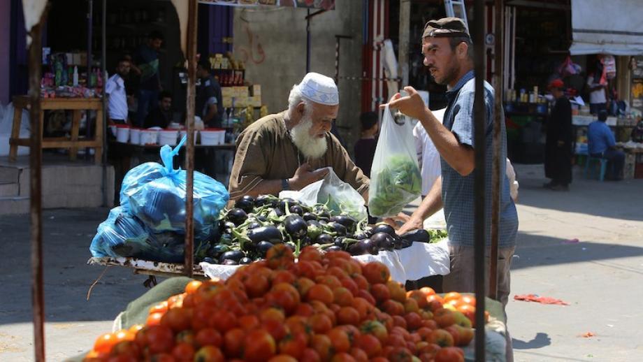 عودة تدريجية وحذرة للاقتصاد الفلسطيني وسط دعوات لتجنب الفوضى