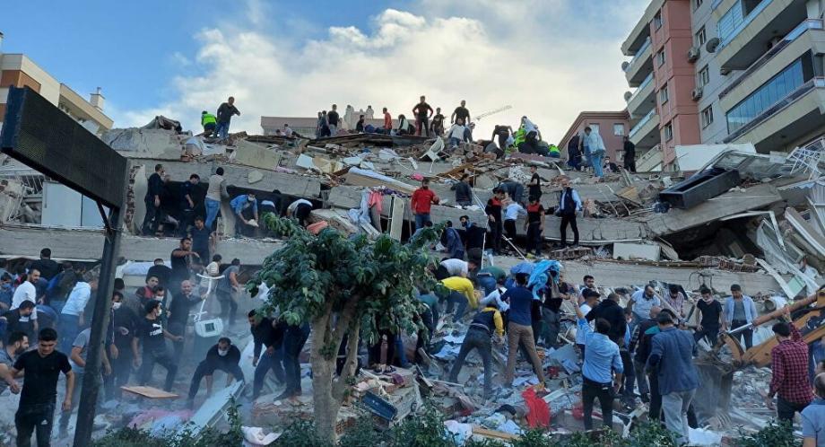 زلزال أزمير