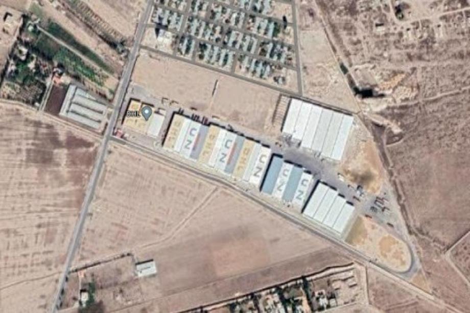 لقطة جوية للحاويات التي حولتها الميليشيات الإيرانتة إلى مستودعات أسلحة في مطار دمشق