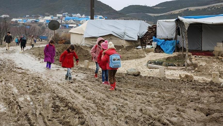 مخيمات النازحين تفتقد لأدنى مقومات الحياة