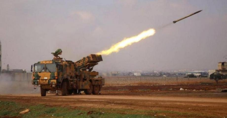 الجيش التركي يقصف مواقع نظام الأسد شمالي سوريا