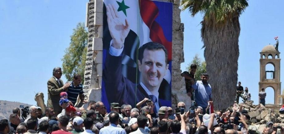 موالون لنظام الأسد