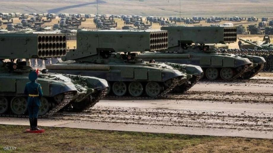 """أوكرانيا تتهم الروس بدعم الانفصاليين في منطقة """"دونباس"""" شرقي البلاد"""
