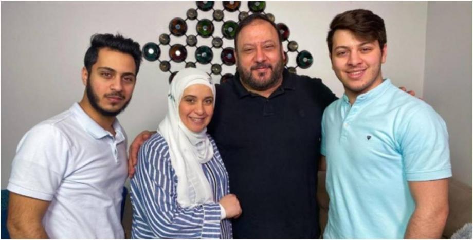 خالد المقداد وعائلته