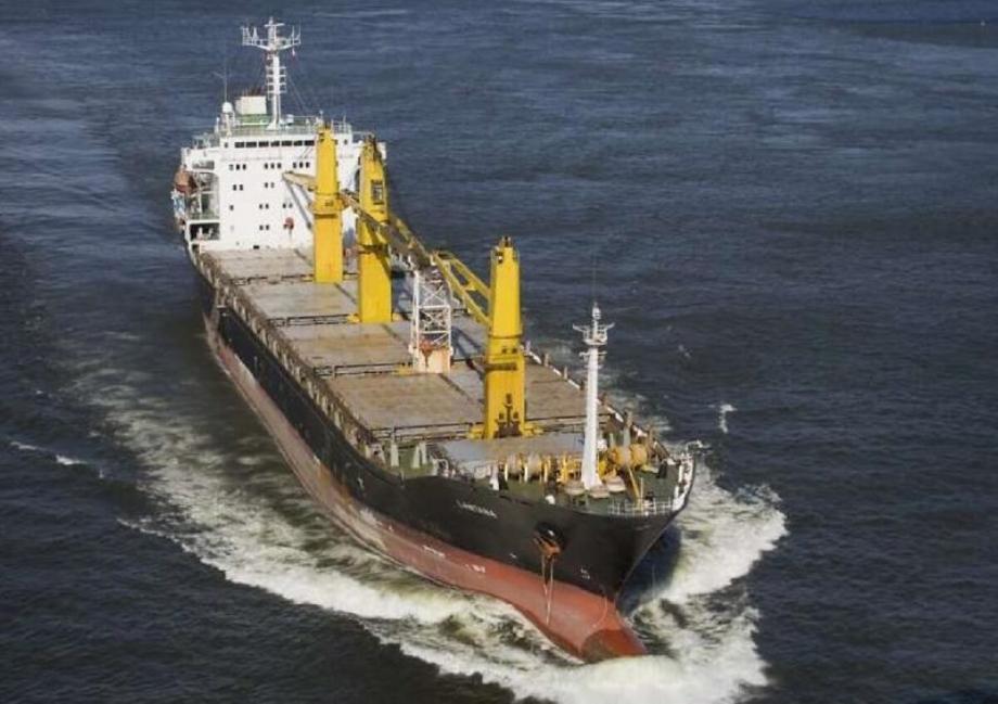"""السفينة الإيرانية """"إيران ساويز"""""""