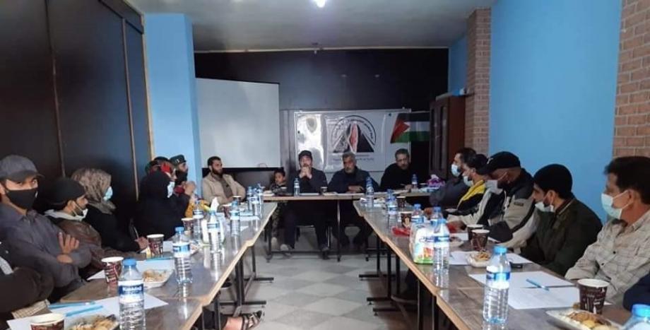 جانب من مناقشة إطلاق رابطة المهجرين الفلسطينيين