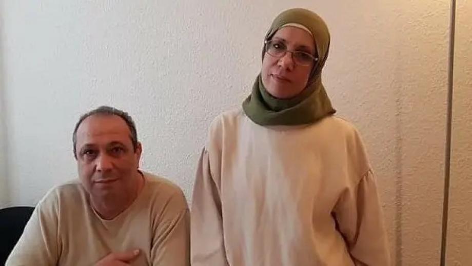 أسماء وزوجها.jpg