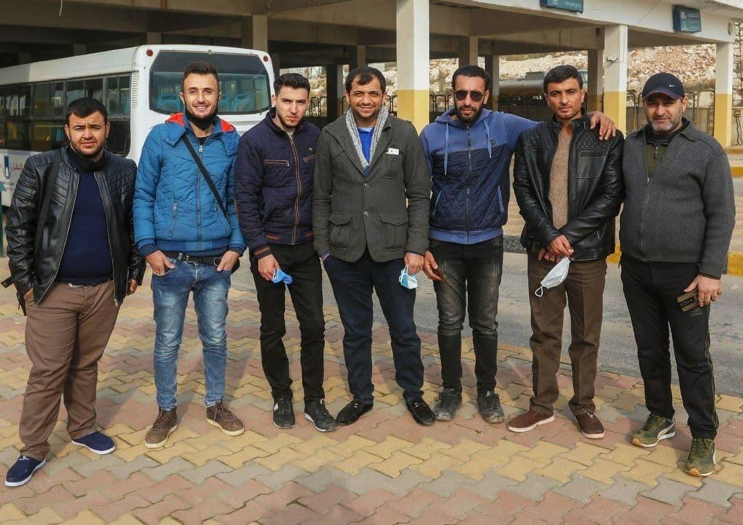 مجموعة إعلاميين من إدلب.jpg